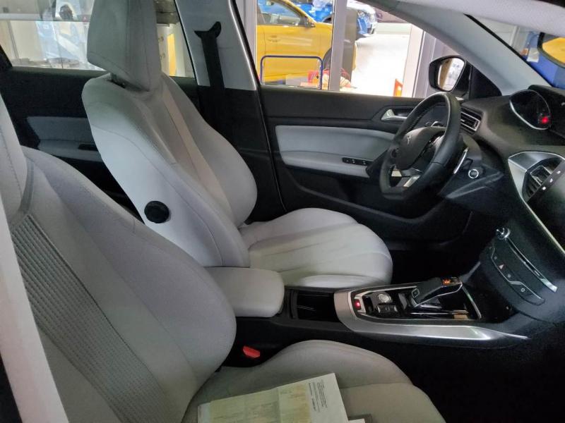 Peugeot 308 SW BlueHDi 130ch S&S EAT8 Allure