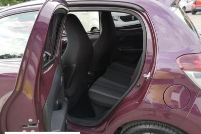 Peugeot 108 1.2 PureTech 82ch BVM5 Allure TOP!